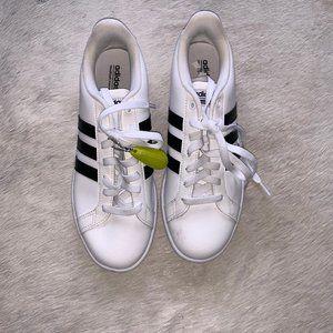 White Adidas Sneakers - sz 10 (Men's)